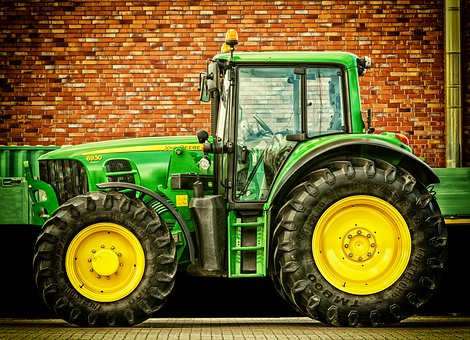 tractor-2077639__340